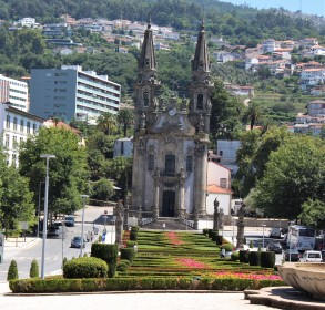 São Gualter church dates from the 18th century and is set at the end of a highly landscaped boulevard.