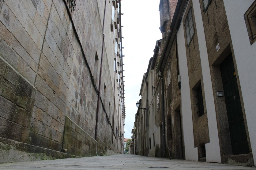 Santiago de Compostela features many long alleyways.
