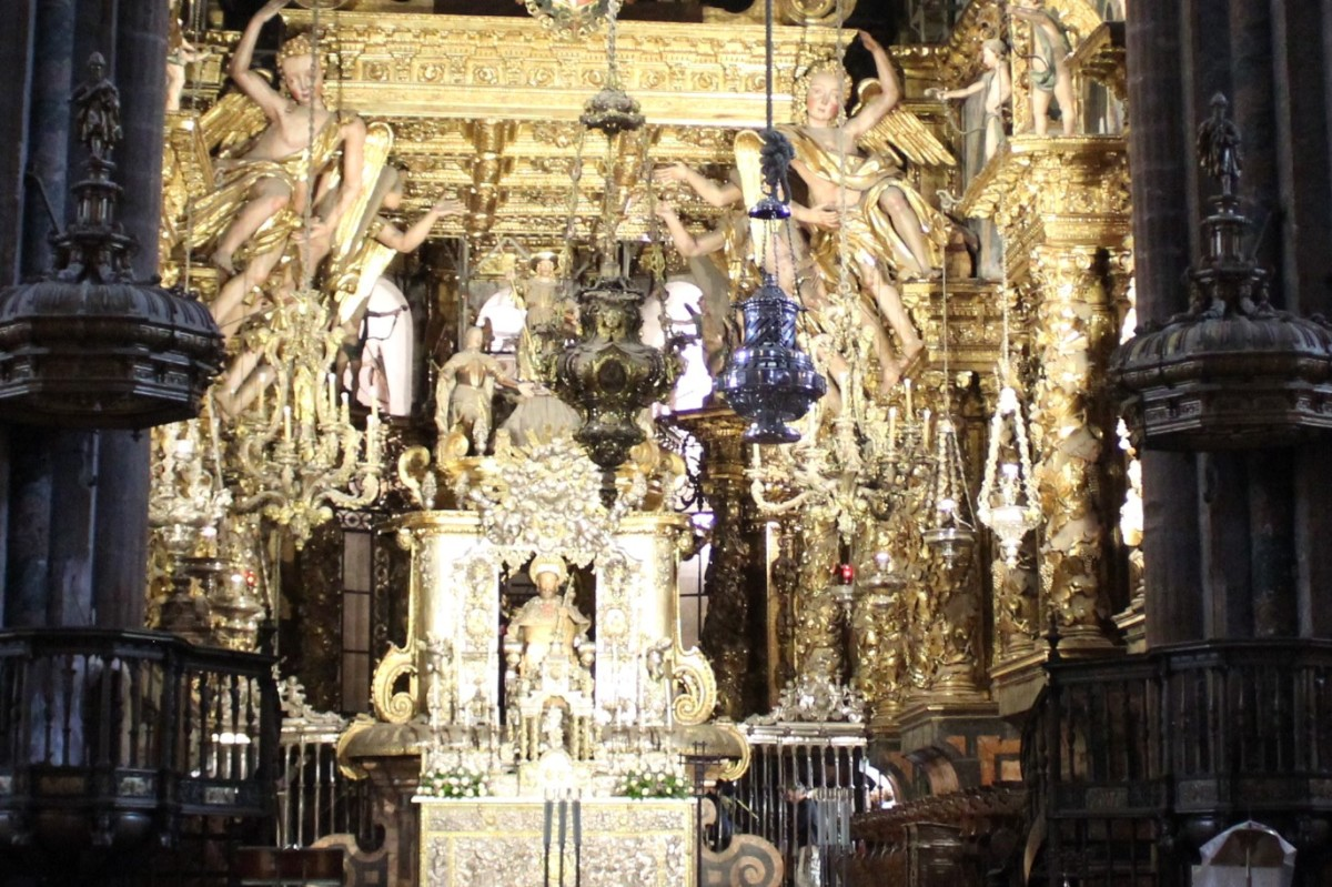 Cathedral Highlights Visit to Galician Capital City